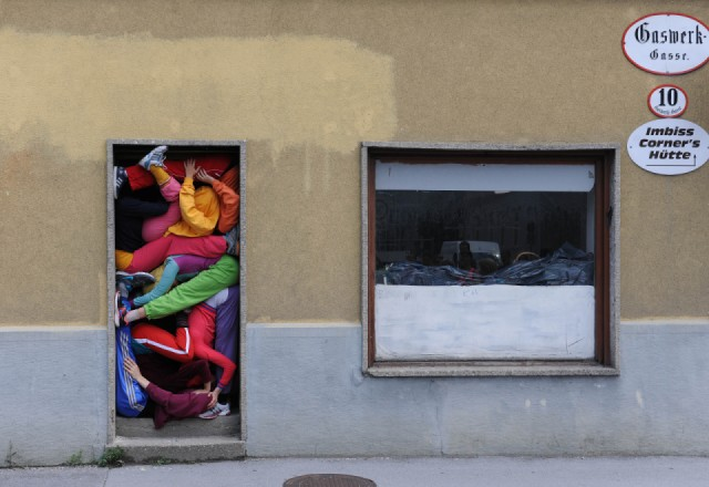 "Cie. Willi Dorner ""bodies in urban spaces"", Sommerszene 2013"